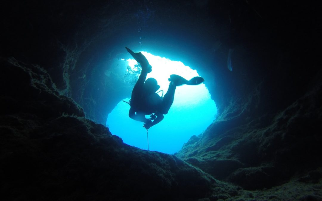 A deceptively simple way to die – Cave Diving